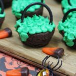 halloween-cauldron-brownies