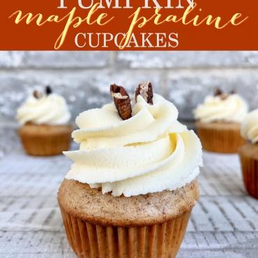 Pumpkin Maple Praline Cupcakes